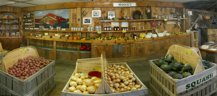 Inside the Sunnycrest Farmstand in Londonderry, New Hampshire